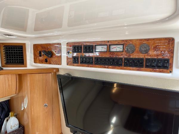 2003 Sealine S37 Sports Cruiser Photo 37 sur 56