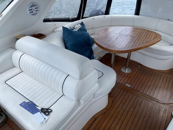 2003 Sealine S37 Sports Cruiser Photo 18 sur 56