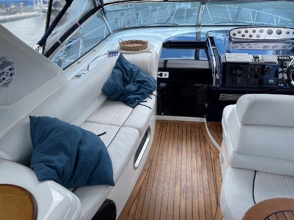 2003 Sealine S37 Sports Cruiser Photo 25 sur 56