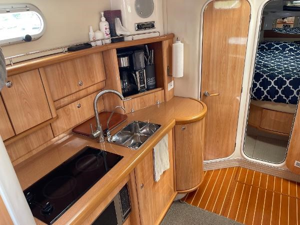 2003 Sealine S37 Sports Cruiser Photo 31 sur 56