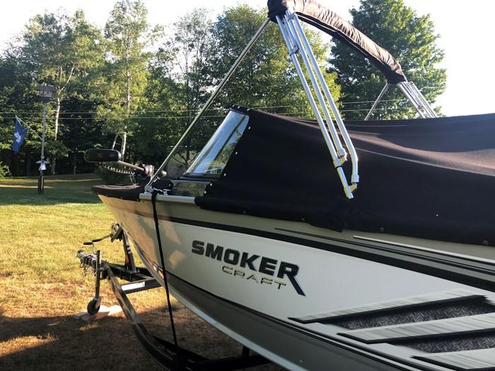 2018 Smoker Craft Pro Angler XL Photo 2 of 29