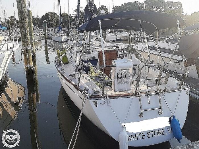 1988 Tartan Yachts 31 Photo 3 of 20