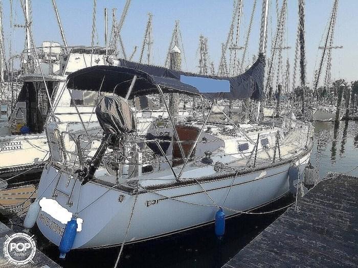 1988 Tartan Yachts 31 Photo 8 of 20