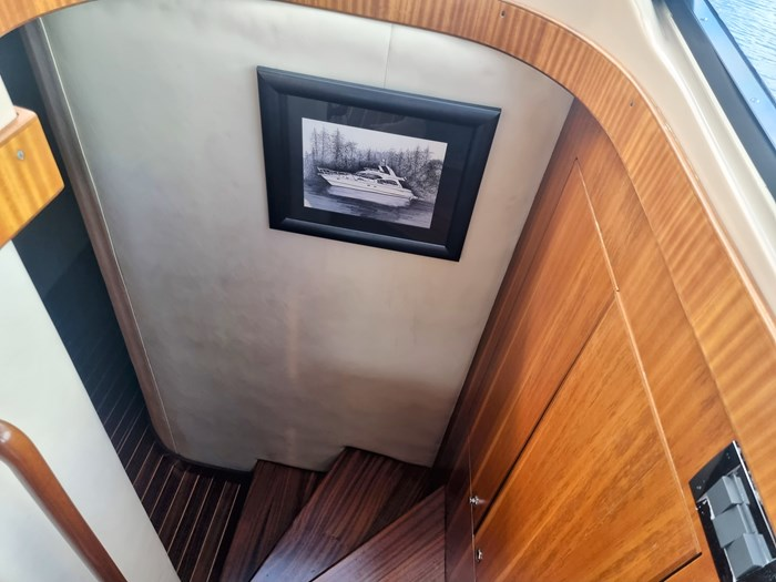 1999 Cruisers Yachts 5000 (50 Sedan Bridge) Photo 26 of 45