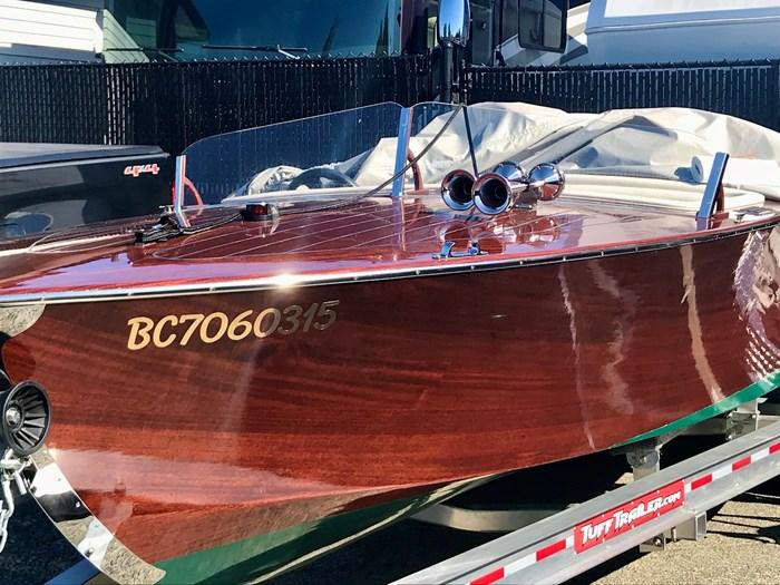 2020 Custom Monaco Photo 14 of 17