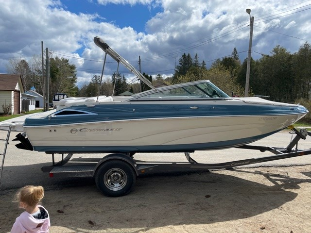 2021 Crownline 205SS Photo 3 of 8