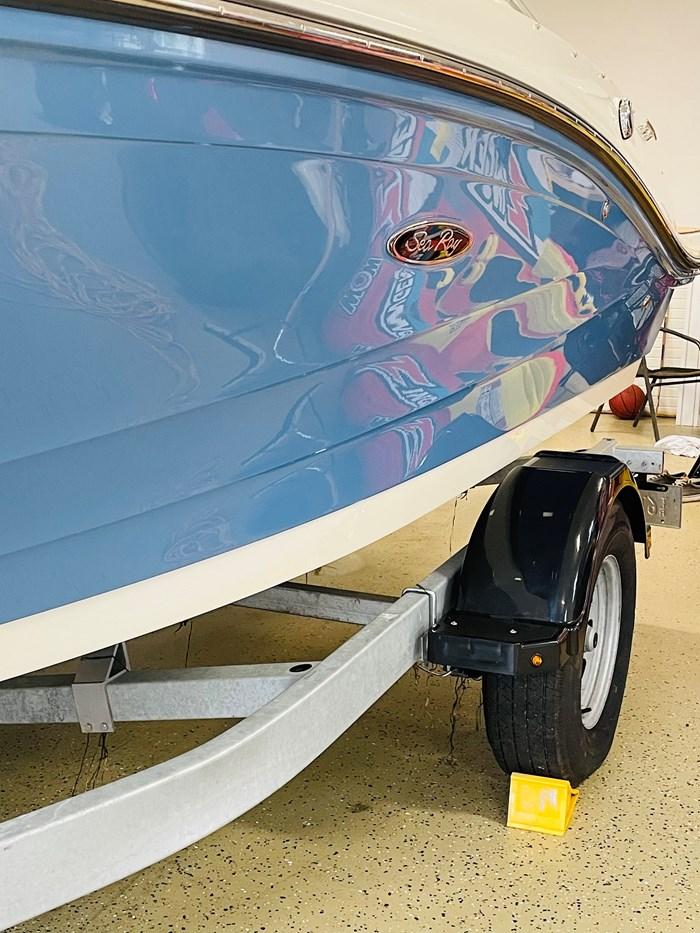 2021 Sea Ray SPX 190 OB Photo 2 of 11