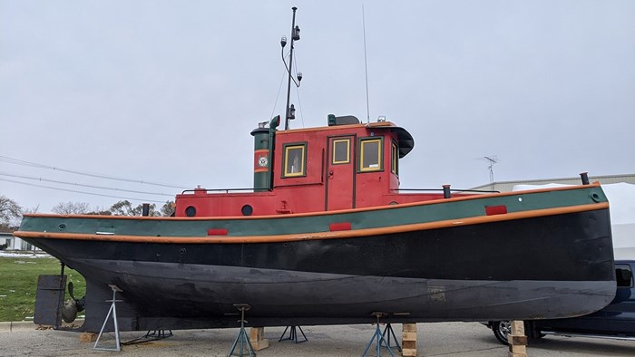 1945 Russel Brother Ville Class Tug Photo 2 of 13