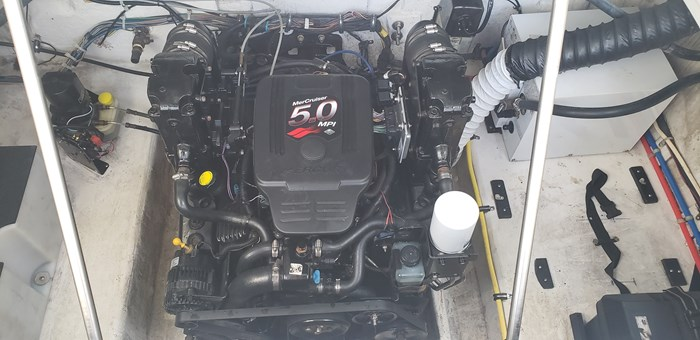 2007 Maxum 2400 SE Photo 45 of 50