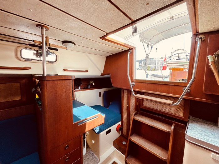 1980 CS Yachts 36 T 36 Traditional Photo 10 of 29