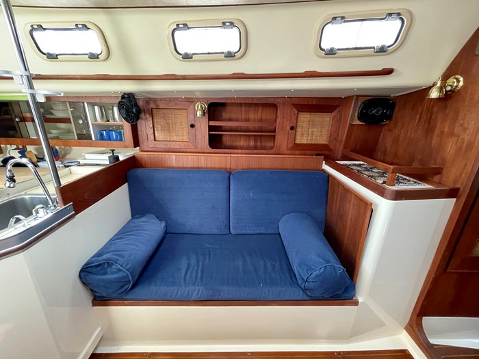 1980 CS Yachts 36 T 36 Traditional Photo 16 of 29