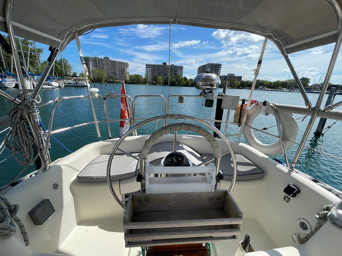 1980 CS Yachts 36 T 36 Traditional Photo 23 of 29