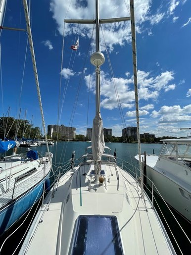 1980 CS Yachts 36 T 36 Traditional Photo 1 of 29