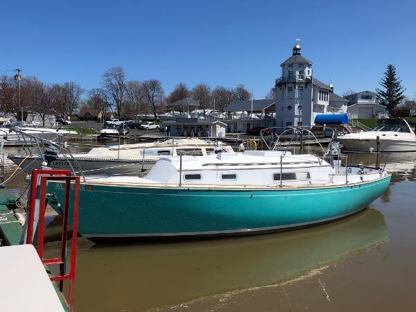 1974 Sabre Yachts 28 MK 1 Photo 4 sur 17