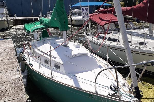 1974 Sabre Yachts 28 MK 1 Photo 1 sur 17