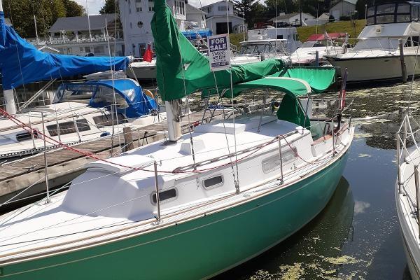 1974 Sabre Yachts 28 MK 1 Photo 2 sur 17