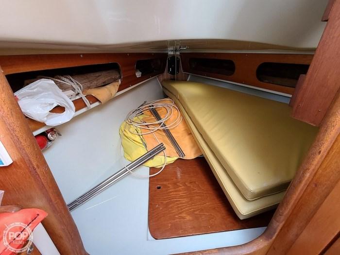1976 Ericson Yachts 27 Photo 20 of 20