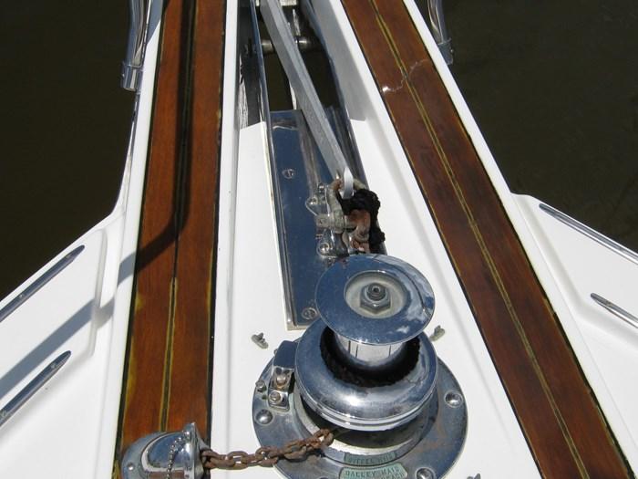 1993 Hatteras Motor Yacht Photo 4 of 54