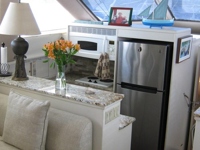 1993 Hatteras Motor Yacht Photo 16 of 54