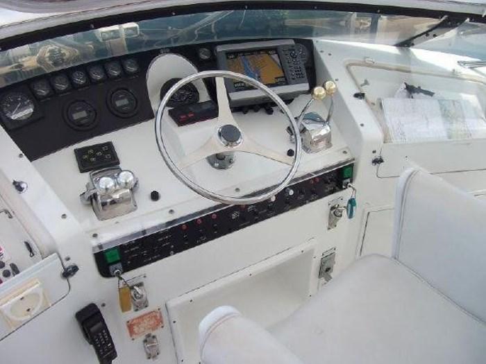 1993 Hatteras Motor Yacht Photo 40 of 54