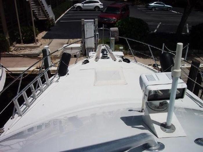 1993 Hatteras Motor Yacht Photo 42 of 54
