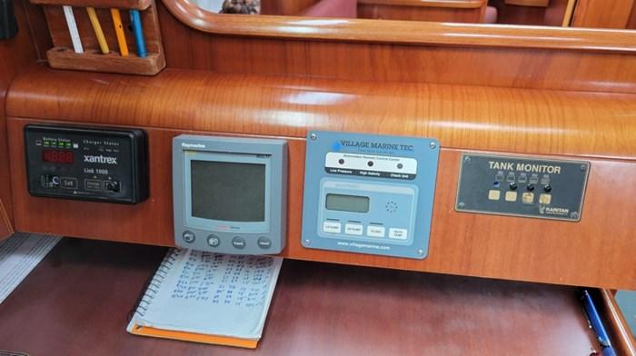 2003 Beneteau 473 Photo 23 of 34