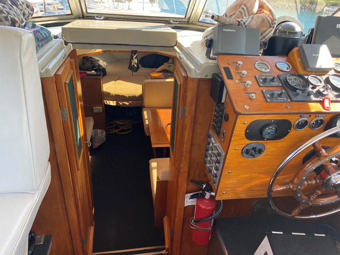 1972 Fjord Diplomat 30 with trailer Photo 12 of 26
