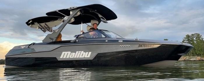 2021 Malibu M220 Photo 1 of 15