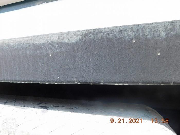 2000 Boston Whaler 21 outrage Photo 17 of 20