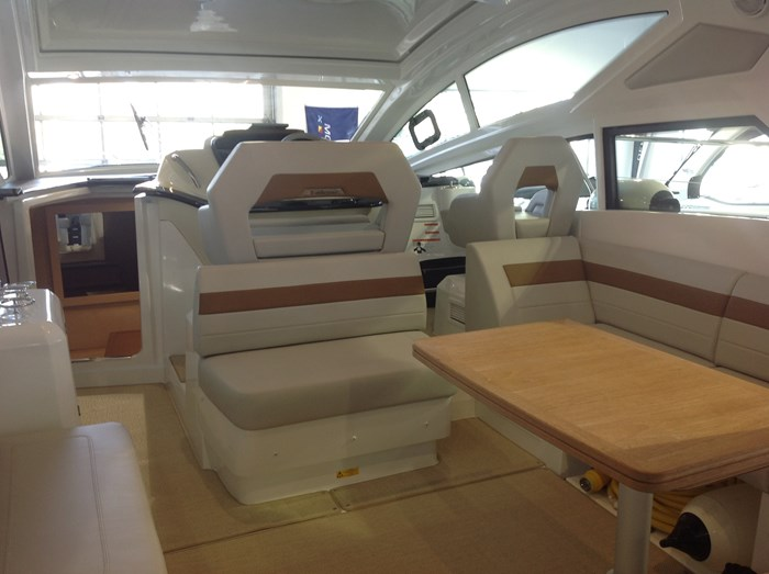 2020 Beneteau GT40 (2 cabines) Photo 10 of 31