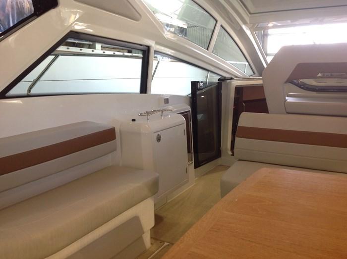 2020 Beneteau GT40 (2 cabines) Photo 11 of 31