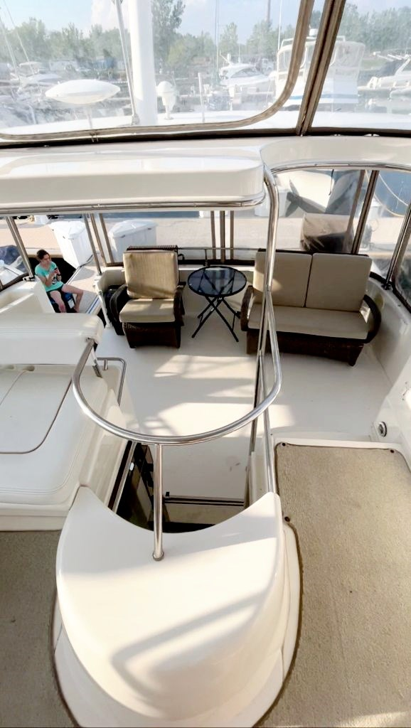 1997 Sea Ray 420 Aft Cabin Photo 7 of 19