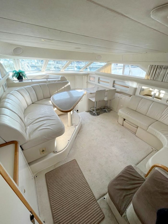 1997 Sea Ray 420 Aft Cabin Photo 9 of 19