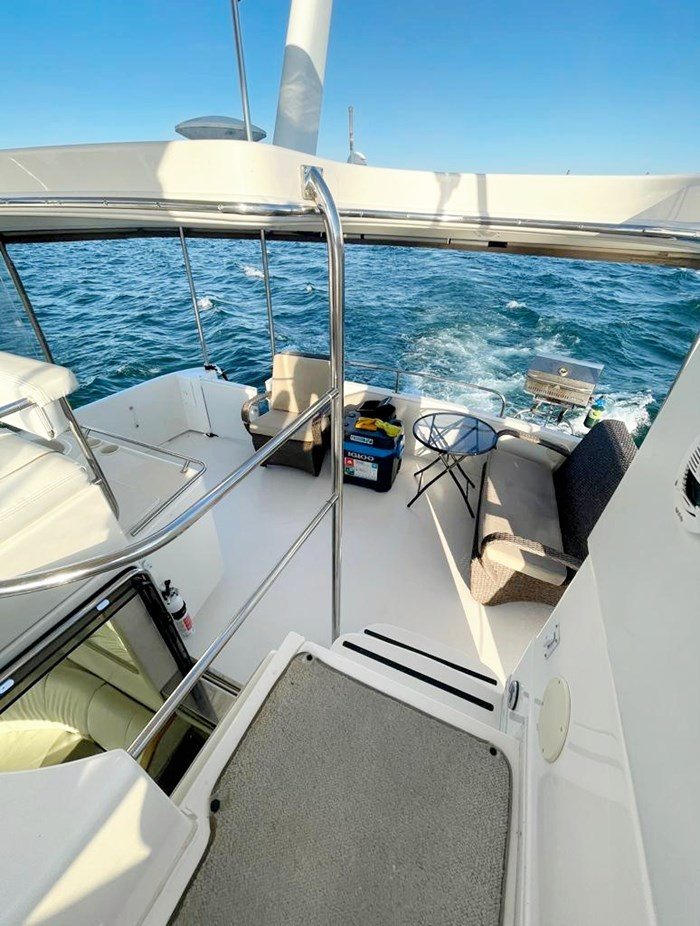 1997 Sea Ray 420 Aft Cabin Photo 8 of 19