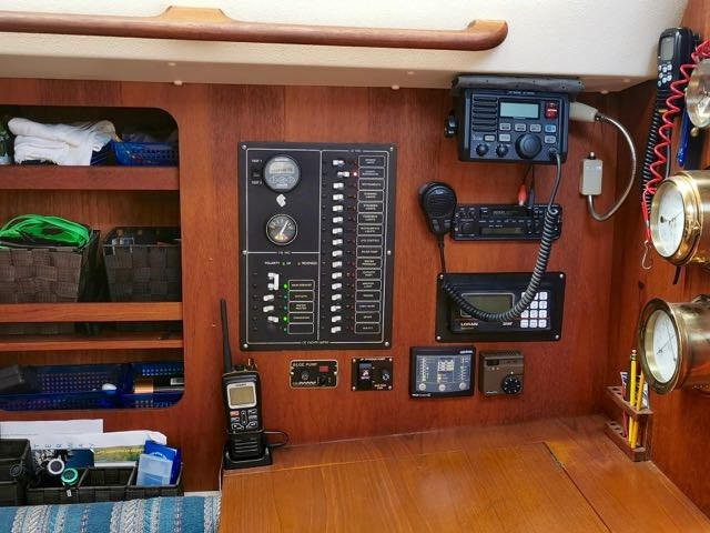 1987 CS (Canadian Sailcraft) CS Merlin 36 Photo 17 of 20