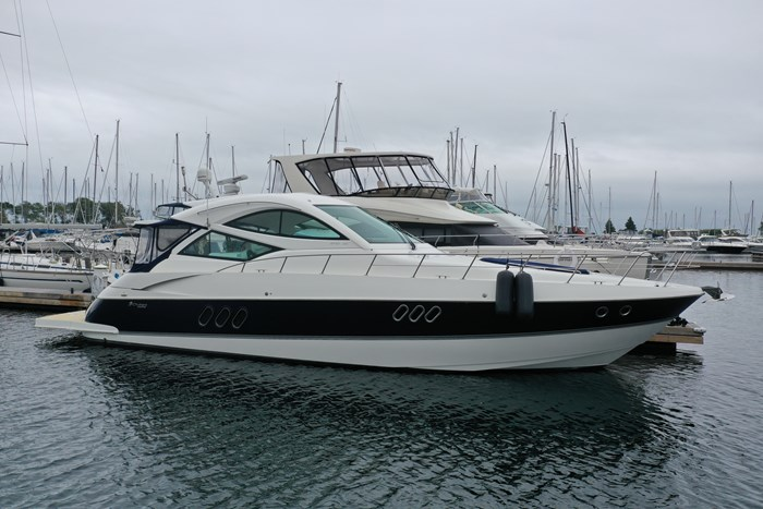 2012 Cruisers Yachts 540 Sport Coupe Photo 3 of 61