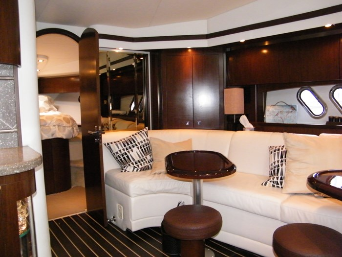 2012 Cruisers Yachts 540 Sport Coupe Photo 17 of 61