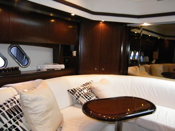 2012 Cruisers Yachts 540 Sport Coupe Photo 18 of 61