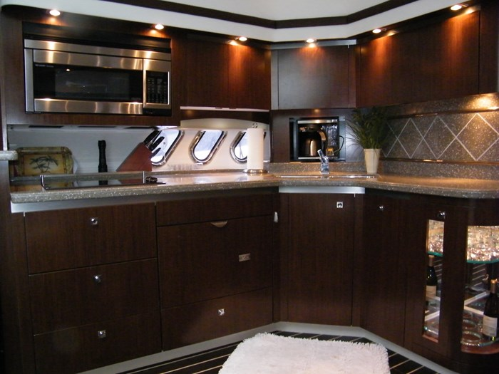 2012 Cruisers Yachts 540 Sport Coupe Photo 21 of 61