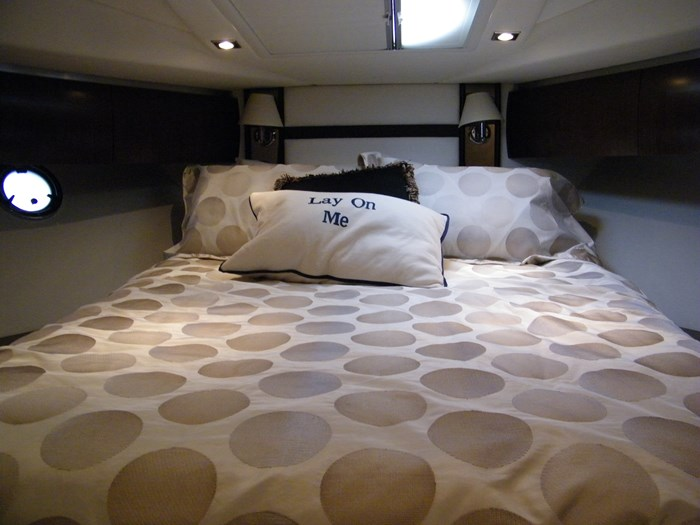 2012 Cruisers Yachts 540 Sport Coupe Photo 26 of 61