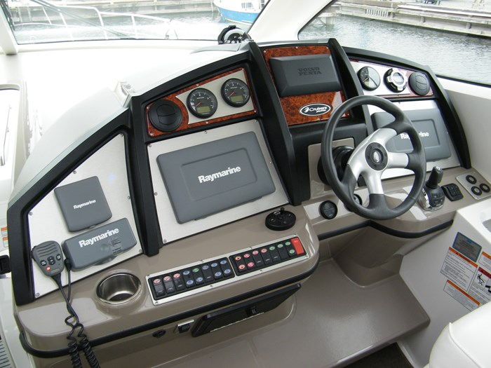 2012 Cruisers Yachts 540 Sport Coupe Photo 31 of 61