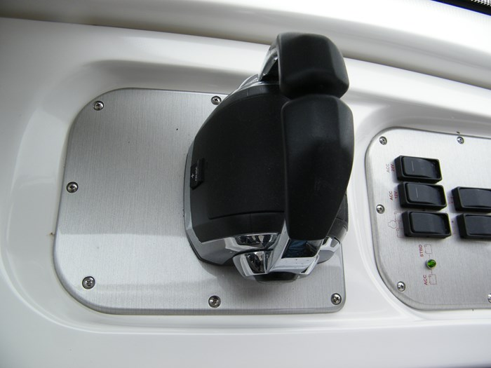 2012 Cruisers Yachts 540 Sport Coupe Photo 33 of 61