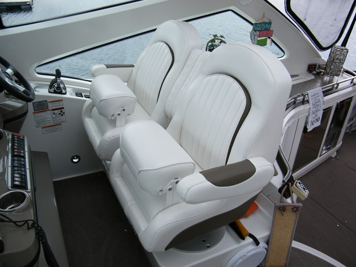 2012 Cruisers Yachts 540 Sport Coupe Photo 36 of 61
