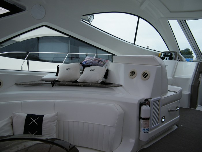 2012 Cruisers Yachts 540 Sport Coupe Photo 40 of 61